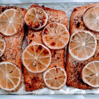 Pink Lemon Pepper Salmon & #sheddingforthewedding