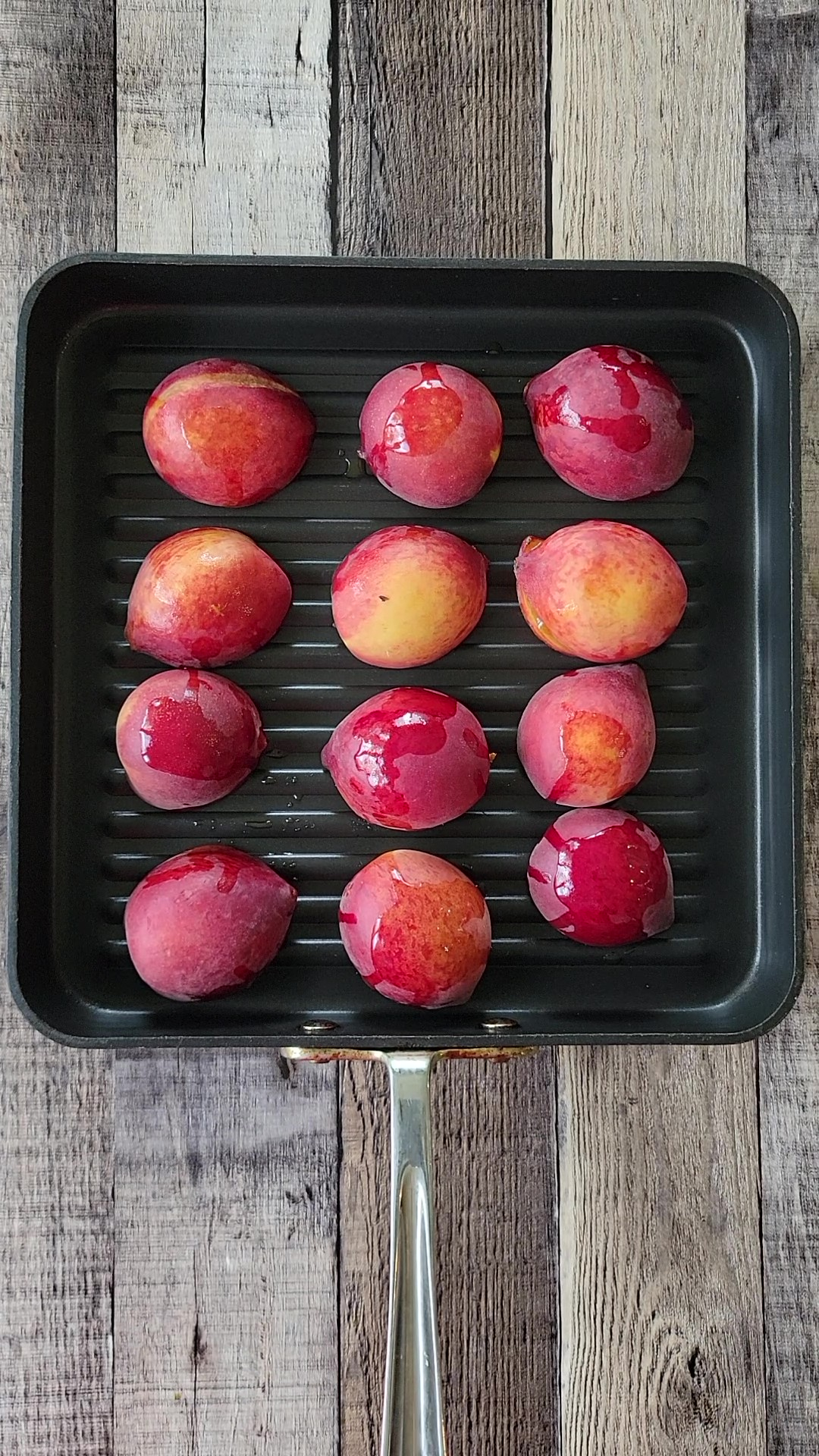 This is what peaches look like on a grill pan.