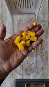 Perfect mango cubes
