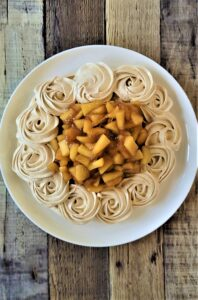 Brown Sugar Meringue with Apple Filling