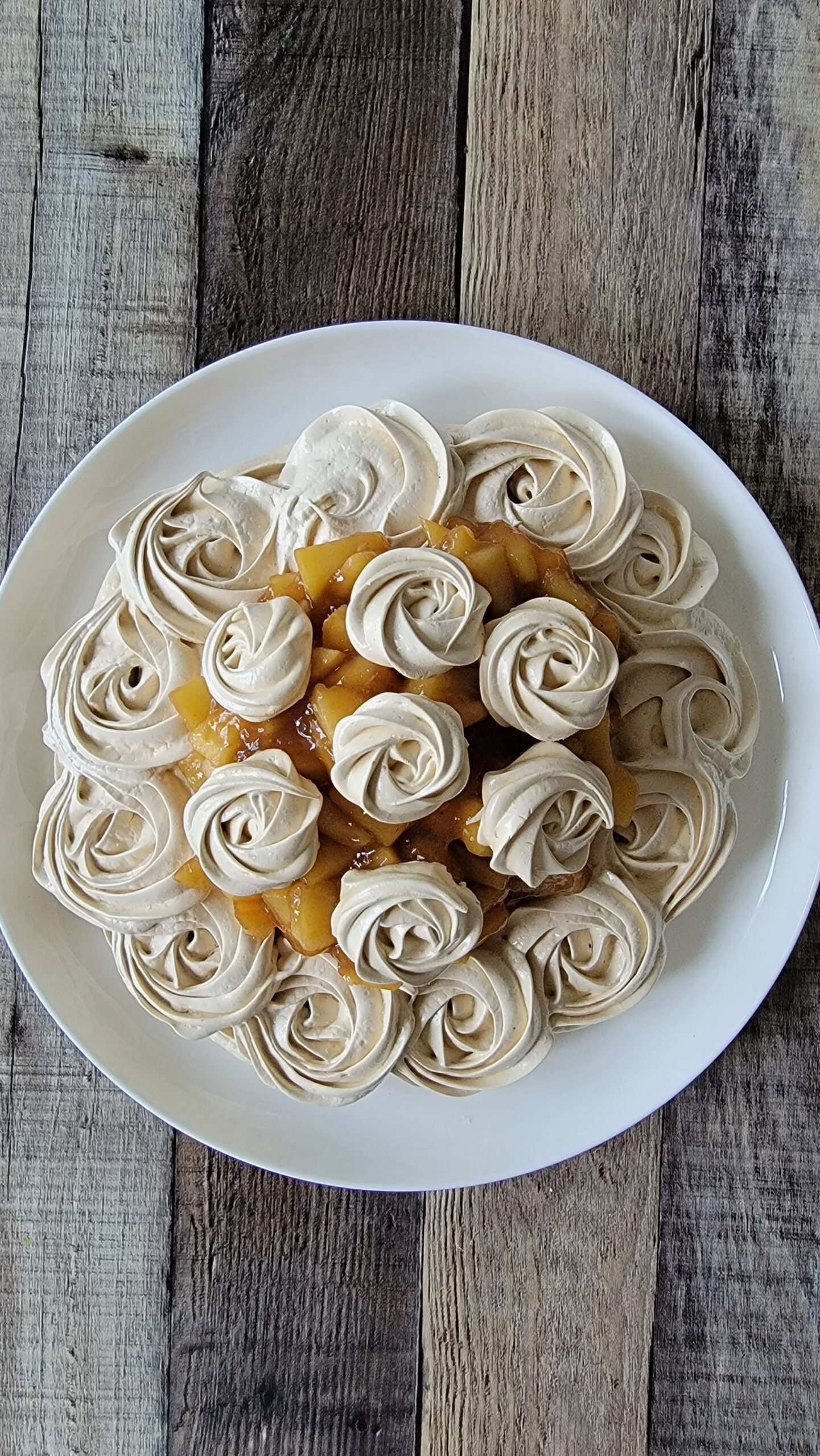 Brown Sugar Meringue with Apple Filling and Rosettes on top.